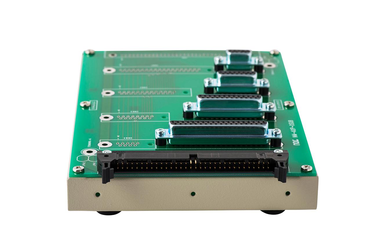 ハーネス検査用 変換アダプタ治具 NM-ADP-03Lの背面コネクタ