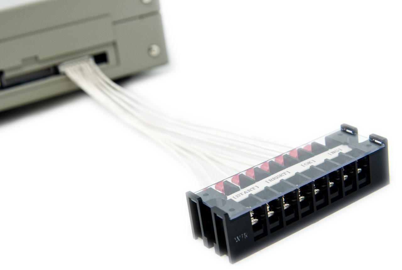 NMC+用 外部入出力端子台ケーブル 接続時